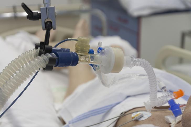 Директор «Вектора» предупредил о возможной вспышке выращенной в лаборатории оспы