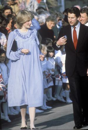 Фото №2 - Четвертая беременность или реверанс Диане: что хотела сказать Кейт своим нарядом