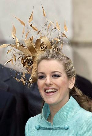 Фото №10 - 25 необычных шляп на королевских свадьбах