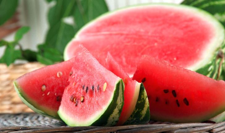 Фото №1 - Африканская ягода: интересные факты об арбузе и 6 летних рецептов