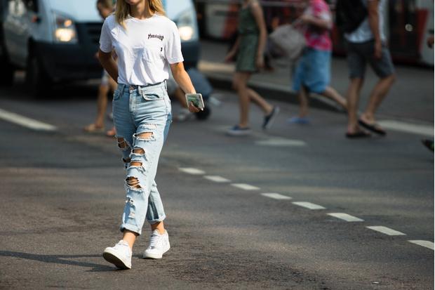 Фото №1 - Идеальная база: 30 белых футболок не дороже 1500 рублей