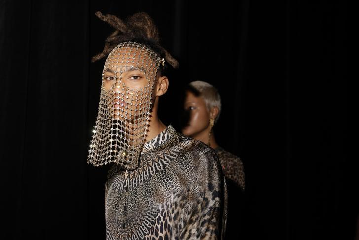 Фото №4 - Лучшие цитаты про моду— от тех, кто реально сечет в fashion-индустрии 👠