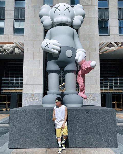 Фото №2 - Как не бояться носить яркую одежду, если ты парень: учимся у Гэри из XO Team