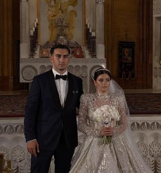 Фото №1 - Какой была свадьба Карины Каспарянц? 👰🏻🤵🏻