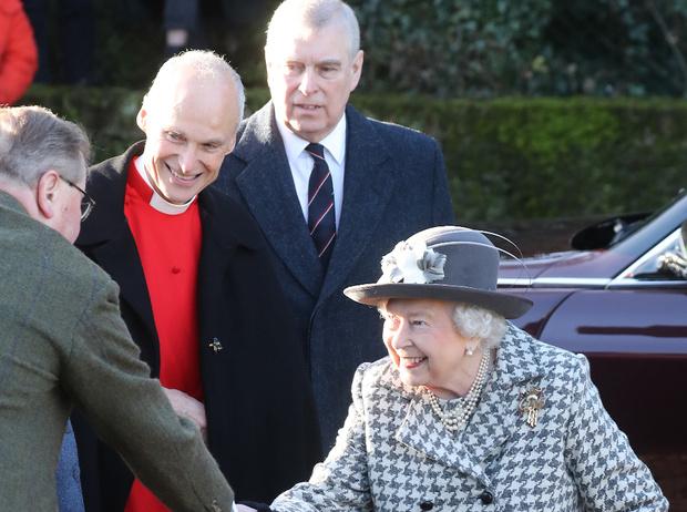 Фото №2 - Прощен, но не оправдан: принц Эндрю совершил первый официальный выход после секс-скандала