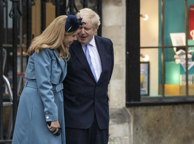 Фото №5 - Сходство налицо: что общего у помолвочных колец Кэрри Симондс и герцогини Кейт