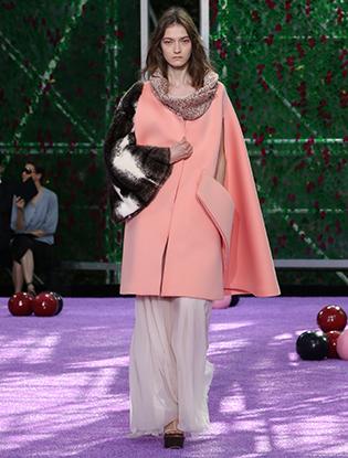 Фото №3 - Неделя Высокой моды в Париже: Dior Couture AW2015/16