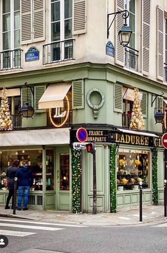 Фото №22 - Новый Год в Париже: Правый берег или Левый?