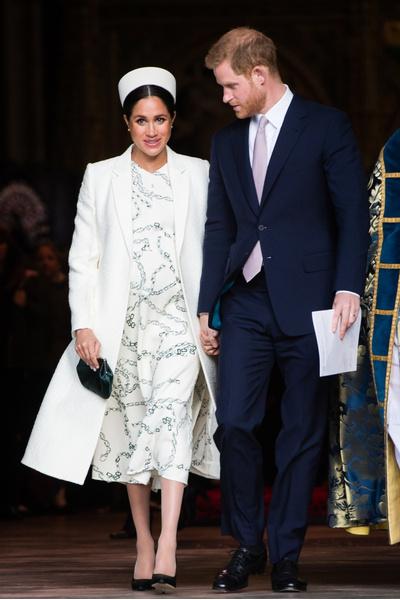 Фото №2 - Меган Маркл и принц Гарри стали родителями