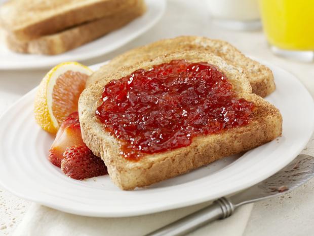 Фото №2 - Вредные сочетания продуктов: 9 типичных ошибок питания