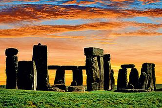 Фото №1 - 5000 лет назад… Начали сооружать Стоунхендж