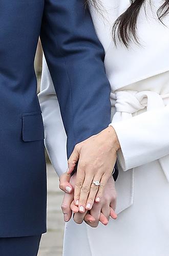 Фото №6 - Язык тела: принц Гарри демонстрирует большую любовь, а его невеста – уверенность