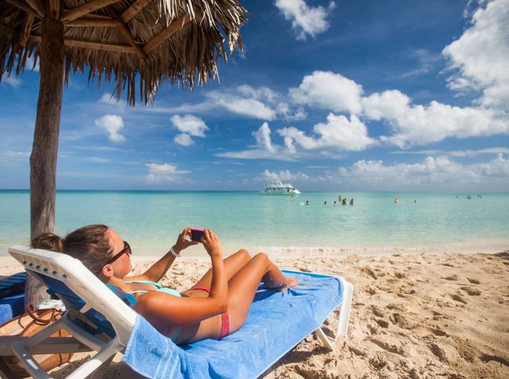 Фото №3 - Из зимы в лето: 6 пляжей, на которых можно встретить Новый год