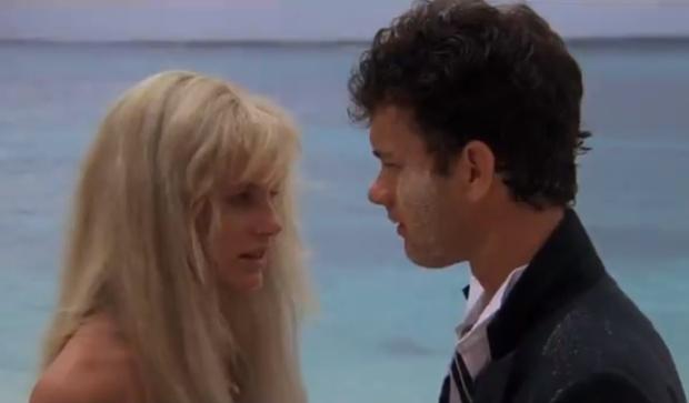 Фото №1 - «Дисней» ускромнил сцену из «Всплеска», прикрыв бедра Дэрил Ханны компьютерными волосами (видео)