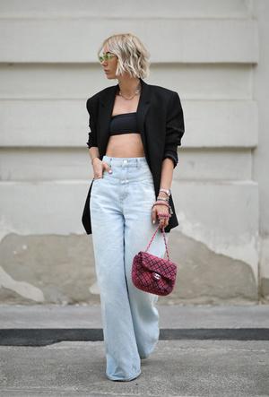 Фото №8 - Как выбрать идеальные джинсы по типу фигуры