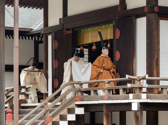 Фото №4 - Начало эры Рейва: как прошла церемония наследования престола в Японии