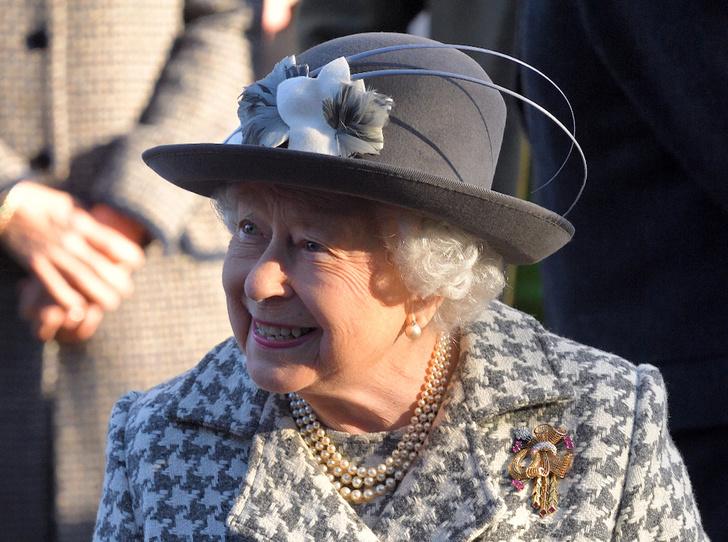 Фото №2 - Победа Елизаветы: почему Brexit оказался выгоден Королеве