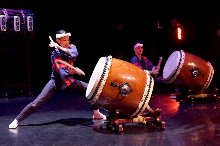 Фото №3 - Энергия ритма и японские барабаны: группа «Taikoza» в Доме музыки