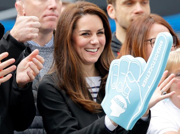 Фото №1 - Правила королевского маникюра, или Почему Кейт Миддлтон отказалась от ярких лаков