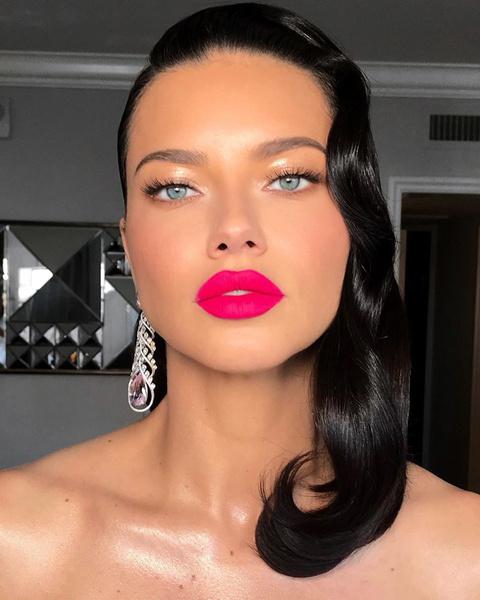 Фото №3 - Как сделать яркий макияж и не выглядеть нелепо