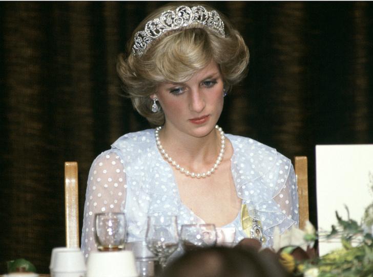 Фото №1 - Самое грустное Рождество принцессы Дианы