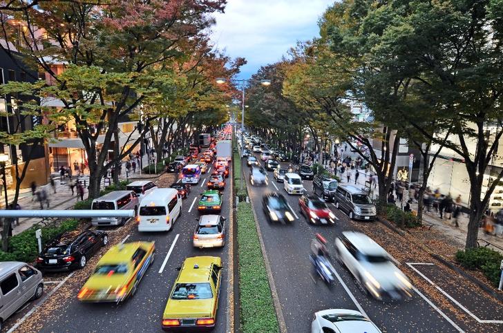 Фото №5 - Не средство передвижения, но роскошь: 5 стран, где владеть автомобилем невероятно дорого