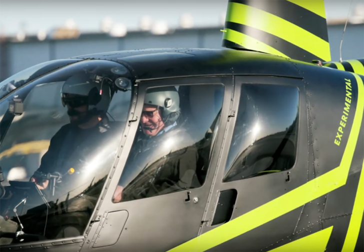 Фото №1 - Стартап представил систему управления вертолетом, которая должна упростить пилотирование чуть ли не до уровня игры на планшете (видео)