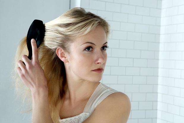 Фото №3 - Блондинки против брюнеток: у кого волосы гуще