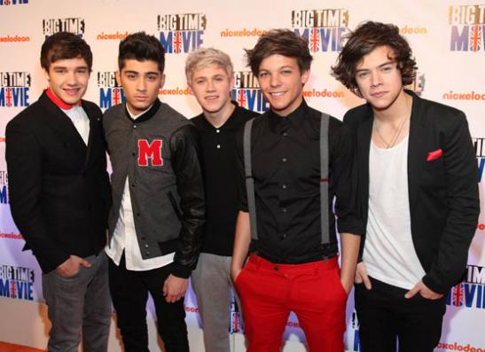 Фото №1 - Почему девушки не хотят покупать косметику One Direction?