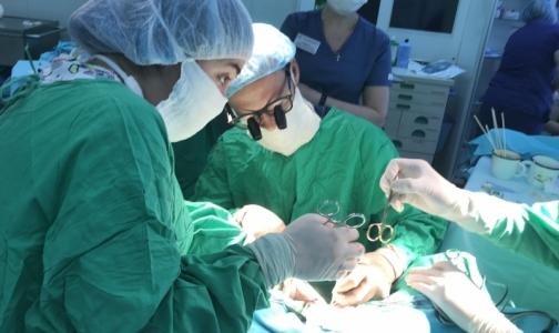 Фото №1 - Как в детской больнице Петербурга сделали из мальчика девочку