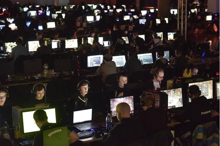 Фото №1 - Зависимость от видеоигр признали заболеванием