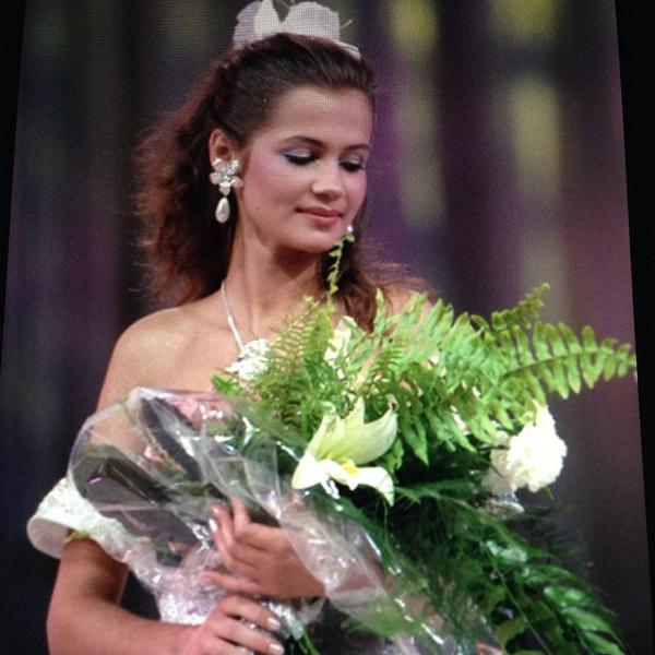 Фото №4 - Женщина ее мечты: как последняя Мисс СССР после любовных драм с мужчинами вступила в брак с известной теннисисткой