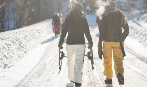 Фото №1 - Эксперты рассказали, как выбрать теплый и качественный пуховик на зиму