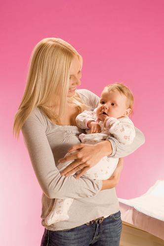 Фото №1 - С облегчением: ставим клизму малышу