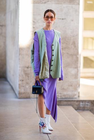 Фото №9 - Фисташка, шалфей и зеленый чай: как носить главную альтернативу цвету хаки