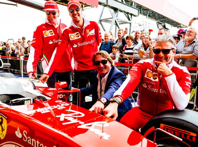 Фото №1 - На Формулу-1 в очках Ray Ban: бренд объявил о сотрудничестве с Ferrari