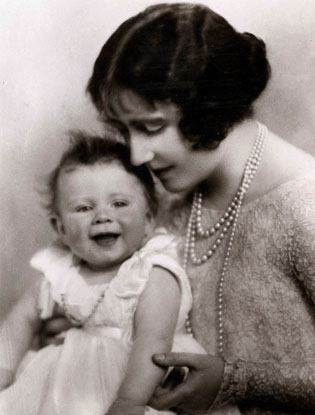 Фото №13 - Угадай кто: на кого больше похожа принцесса Шарлотта