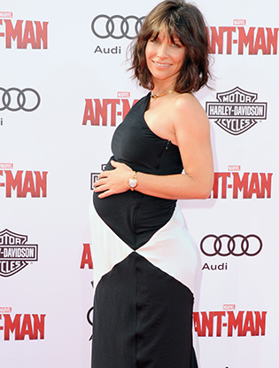 Фото №2 - Эванджелин Лилли снова беременна