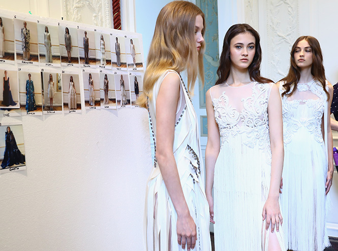 Фото №17 - В деталях: лучшие свадебные платья haute couture осень/зима 2016