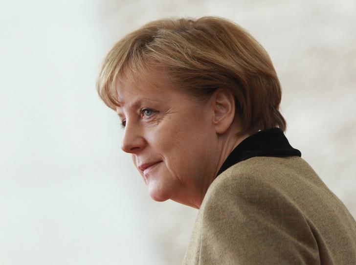 Фото №1 - Фатальная ошибка или хитрый ход Ангелы Меркель