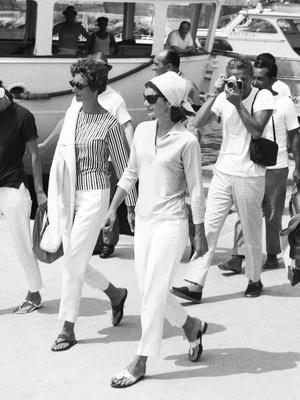 Фото №3 - Идеальный летний гардероб: 12 лайфхаков от Жаклин Кеннеди