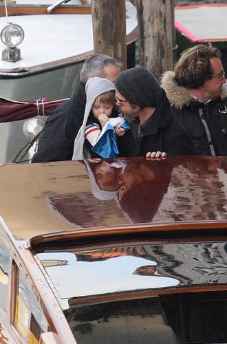 Фото №7 - Дети раздора: причина развода Анджелины Джоли и Брэда Питта