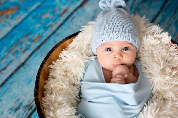 Фото №3 - Часики не смеются: россияне назвали идеальный возраст для рождения первенца