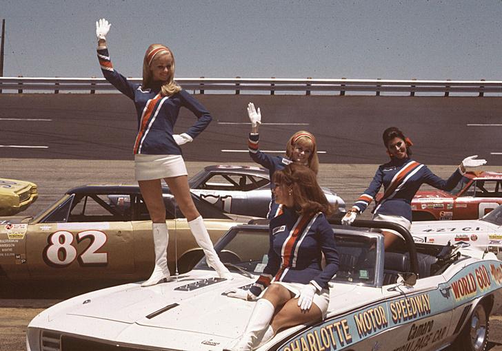 Фото №1 - Повелительницы трека. Самые успешные женщины в автогонках