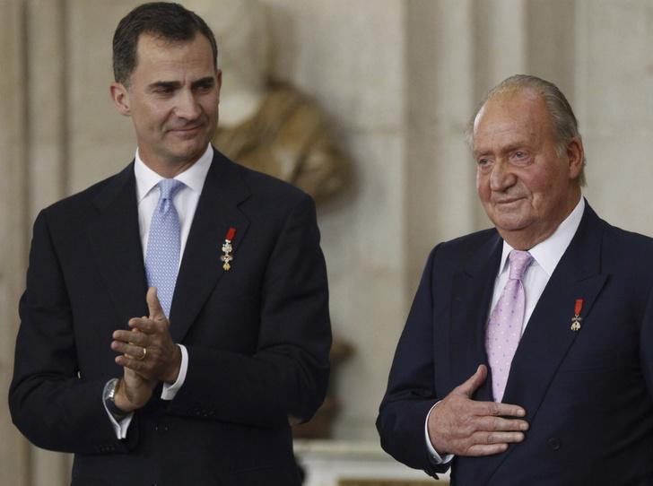 Фото №4 - Угроза монархии: какие темные тайны готова раскрыть любовница короля Испании