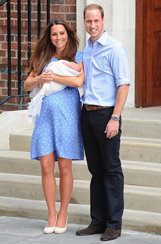 Фото №2 - Где герцогиня Кембриджская будет рожать третьего наследника?