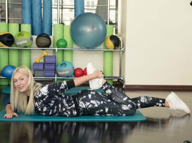 Фото №13 - 10 минутный комплекс упражнений для тех, у кого нет времени на спорт