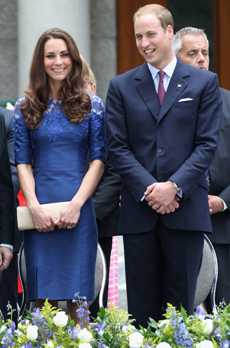 Фото №44 - Королевский дресс-код: любимые сумки герцогини Кембриджской