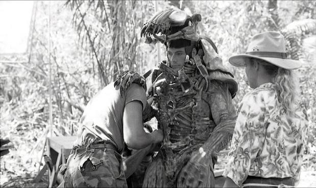 Фото №1 - Байки из Голливуда: Как Ван Дамм чуть в «Хищнике» не снялся