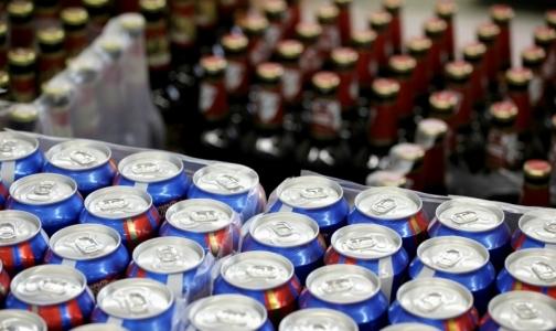 Фото №1 - В Петербурге могут запретить продажу алкогольных энергетиков